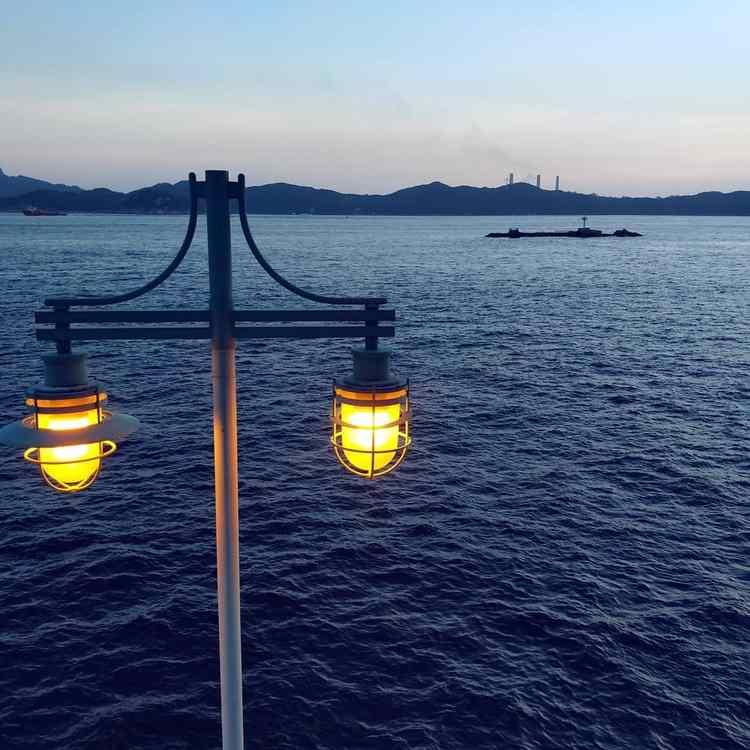 鴨脷洲海傍黃昏