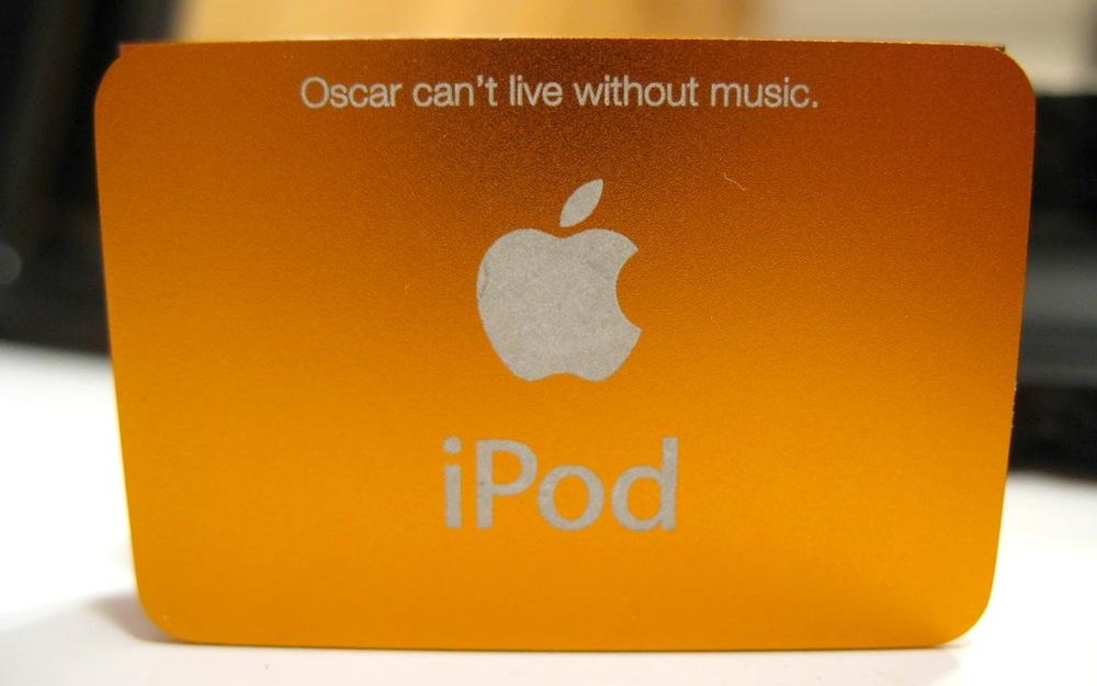 iPod Shuffle背面刻字