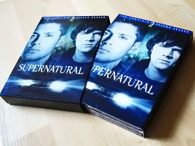 敗家品: 《Supernatural》第2季DVD和2008月曆